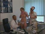 זיון אגריסיבי עם אחות ורופא